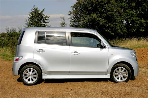 Daihatsu For Sale by Daihatsu Materia Hatchback Review 2007 2010 Parkers