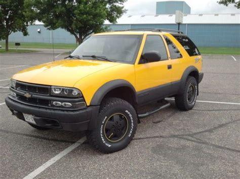Buy Used 2002 Chevrolet Blazer Ls 2 Door Zr2 Custom Yellow