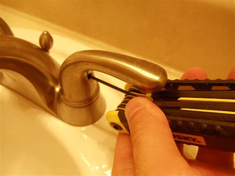 fix  leaking glacier bay bathroom sink faucet