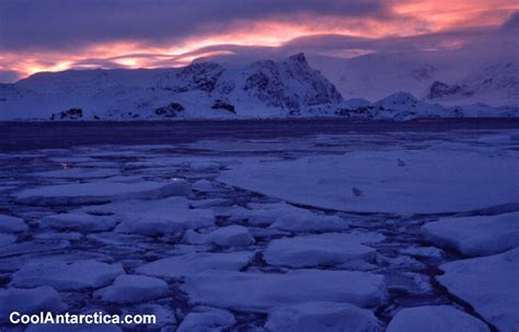 Thumbnails - Sunsets 1 - Free use pictures of Antarctica