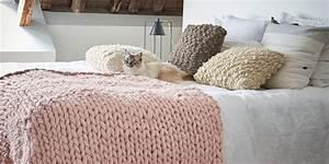 Plaid Grosse Maille Laine : patron gratuit tricoter un plaid en grosses mailles marie claire ~ Teatrodelosmanantiales.com Idées de Décoration