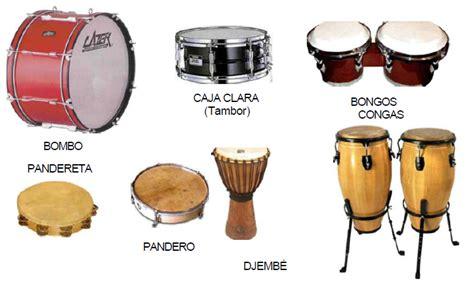 En todo el mundo se pueden conseguir diversos instrumentos musicales, cada uno con sus propias características en cuanto a forma y tono, pero todos ellos son valorados y utilizados habitualmente en diversos actos festivos. Música en primaria (362): 29/10/2013 (Tomás)
