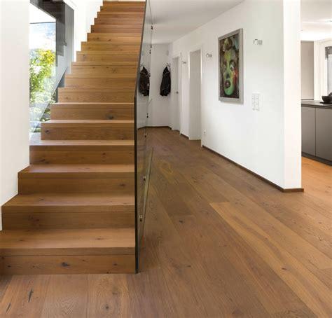Mehrere Räume by Ein Boden Im Gesamten Haus Privatobjekt Aus Dem