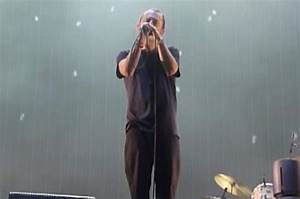 Watch Thom Yorke Serenade Festival Crowd A Cappella During ...