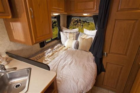 2007 Four Winds Majestic 23A, Class C RV For Sale in