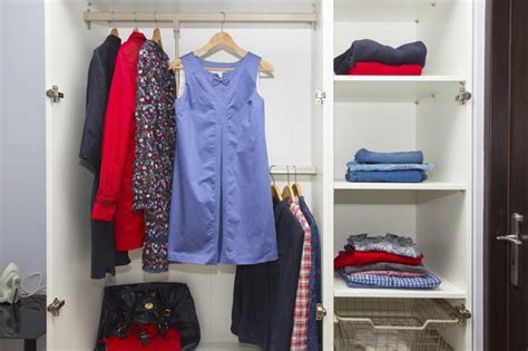 Feng Shui Closet Organization by The Do S And Don Ts Of Feng Shui In Closets Home Guides