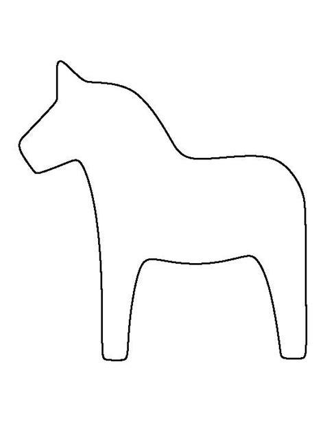 dala horse pattern   printable outline  crafts creating pin  pinterest