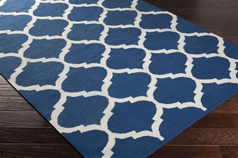 and blue rug artistic weavers vogue everly awlt3005 blue white area rug