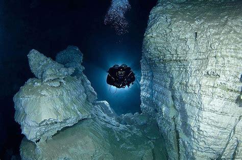 scuba diving blog  neutral dive gear stunning