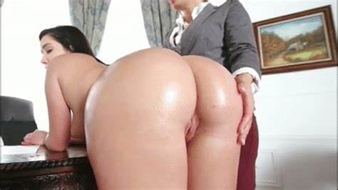 Diana Doll Has Penetration With Sons Stranger Wives Playing With Negro Dude