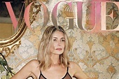 """Paulina Porizkova: her photo in Vogue """"is not retouched ..."""