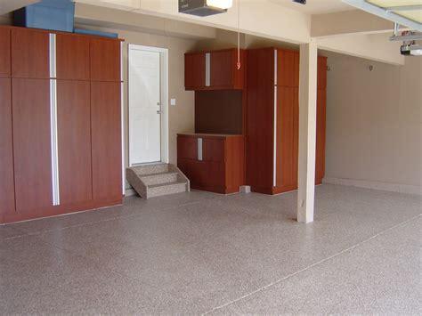Remodel Large Garage Spaces Design With Epoxy Floor Tiles