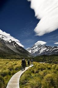 Hiking South Island New Zealand