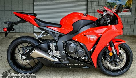 superbike honda cbr 2015 honda cbr1000rr review specs pictures videos