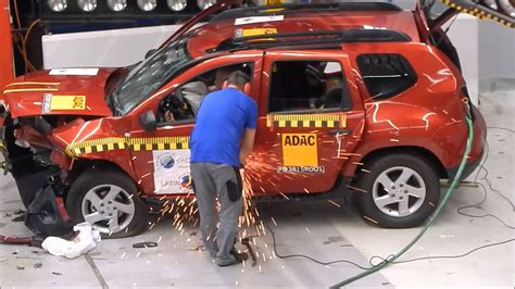crash test dacia duster latinncap y el backstage crash test de la renault