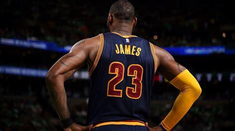 LeBron James (35/8/8) Passes Michael Jordan on All-Time ...