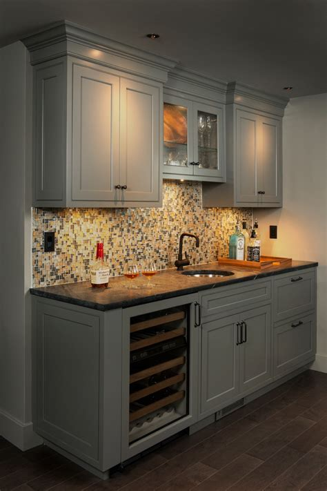 wet bar ideas Basement Contemporary with none
