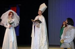 Fiona, Bishop, Farquaad in Costume 3 | Shrek wedding ...