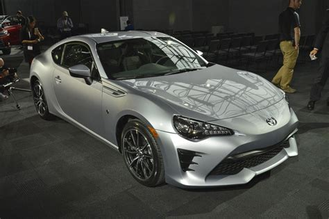 toyota go car no added go but more show facelifted 2016 toyota gt86