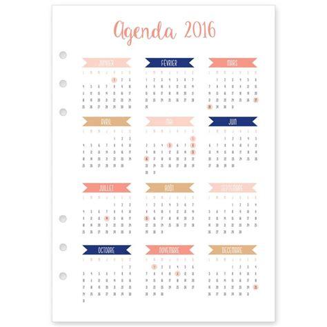 agenda sur le bureau recharge 2016 janvier à décembre pour agenda type