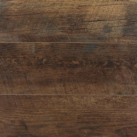 peruvian mahogany pergo xp peruvian mahogany laminate flooring 5 in x 7 in take home sle pe 882900 the