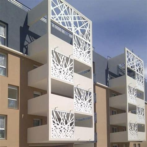 habillage cuisine brise soleil en métal pour façade perforé bouygues
