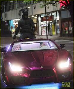Batman Suicid Squad : some great closeups of the bat suit in latest suicide squad set pics ~ Medecine-chirurgie-esthetiques.com Avis de Voitures