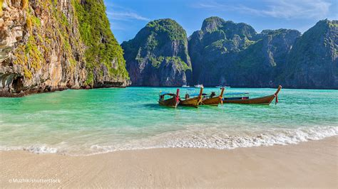 Phi Phi Islands Beaches: Loh Dalum, Tonsai Bay, Long Beach ...