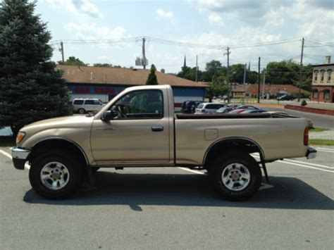 find   toyota tacoma pre runner standard cab