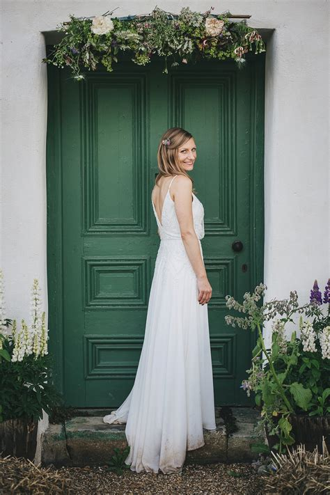 cottage wedding dress a pretty and relaxed river cottage wedding my dress