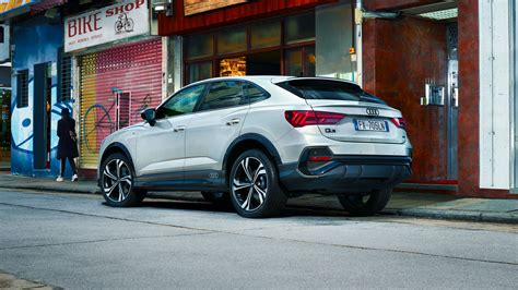 The audi q3 is a subcompact luxury crossover suv made by audi. Nuova Audi Q3 Sportback