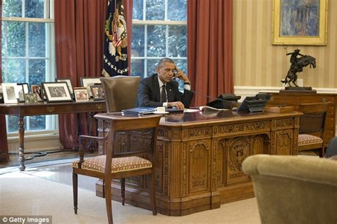 what desk is trump using donald trump can use the oval office the white house
