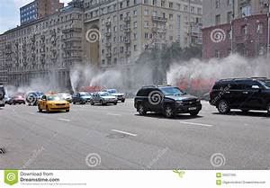 MOSCOW, RUSSIA - 15.06.2015. Traffic On The Garden Ring ...