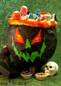 Basteltipps Für Halloween : halloween deko selber machen step by step bastelanleitung ~ Lizthompson.info Haus und Dekorationen