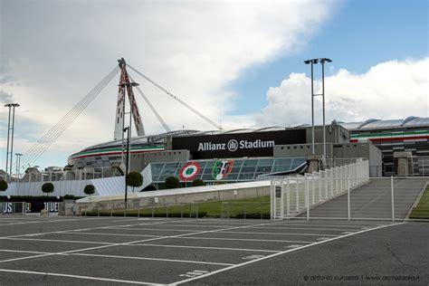si鑒e allianz foto juventus come si presenta il nuovo logo allo stadium archistadia