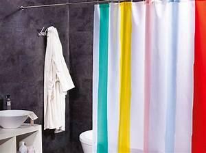 Rideau De Salle De Bain : rideau de douche l accessoire d co qui relooke votre ~ Premium-room.com Idées de Décoration