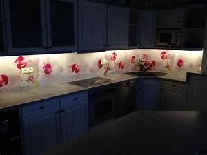 Glasrückwand Küche Beleuchtet : die besten 25 k chenr ckwand plexiglas ideen auf pinterest k chenr ckwand glas spritzschutz ~ Markanthonyermac.com Haus und Dekorationen