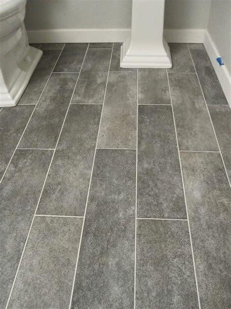 Small Bathroom Flooring Ideas by Simple Ideas For Creating A Gorgeous Master Bathroom
