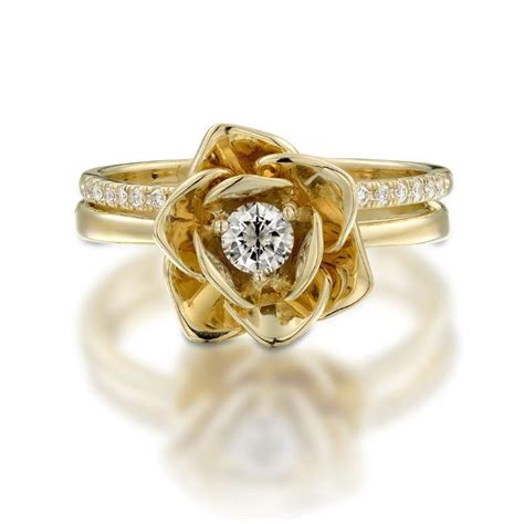 yellow gold ring floral flower shape ring diamond