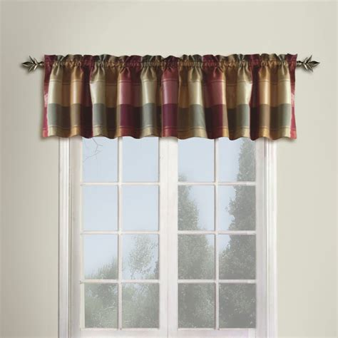 Kitchen Valance Curtains by Kitchen Curtains And Valances Kitchen Window Wood Blinds