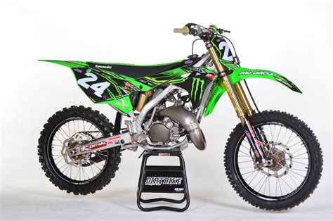 250 2 stroke motocross bikes for sale two stroke tuesday 2018 pro circuit kx125 dirt bike