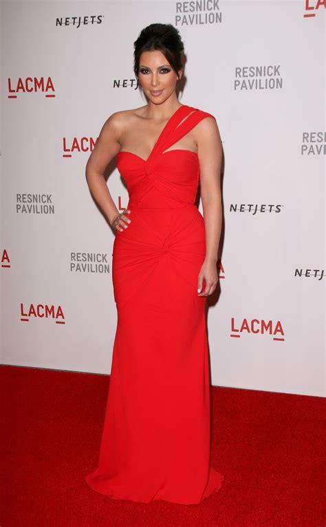 hot bio celebrity pictures kim kardashian  red dresses