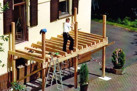 Holz Balkon Selber Bauen by Holzbalkon Selber Bauen Holzbalkon Mit Treppe Selber