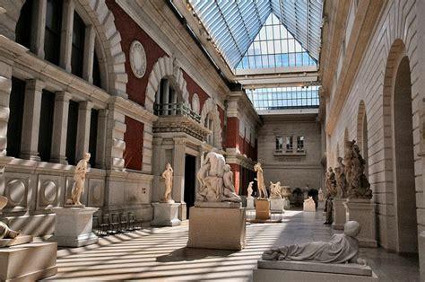 metropolitan museum of in new york usa tourist destinations