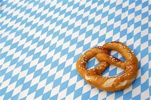 Oktoberfest Blau Weiß Muster Brezel : brezel zum oktoberfest tim reckmann flickr ~ Watch28wear.com Haus und Dekorationen