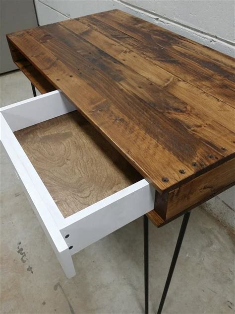 pallet recycled wood desk  hairpin legs pallet