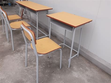 wholesale iso9001 metal frame student desk and chair set
