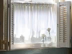 diy kitchen curtain ideas 10 diy ways to spruce up plain window treatments window treatments ideas for curtains