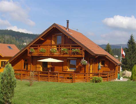 chambres de bonne chalet traditionnel de montagne nos chalets en bois chalet