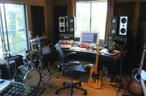 Home Recording Studio : Must-have Home Recording Studio Equipment Diy Projects